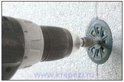 Установка дюбеля для теплоизоляции Termoz 8UZ